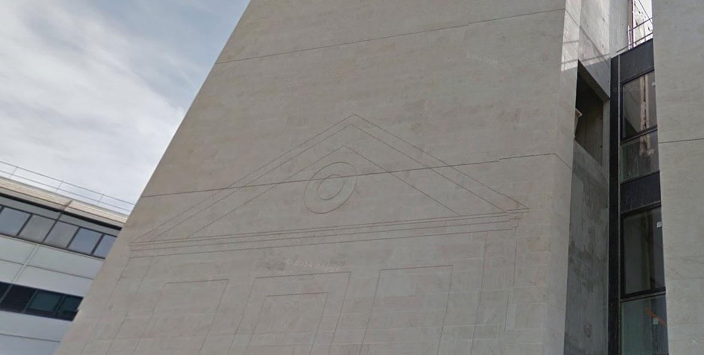 Façade en pierre de Semond