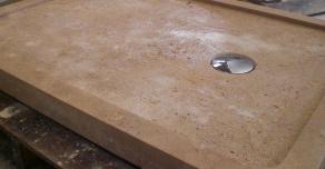 Bac à douche en pierre naturelle